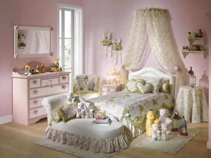 Аксессуары для спальни в романтическом стиле