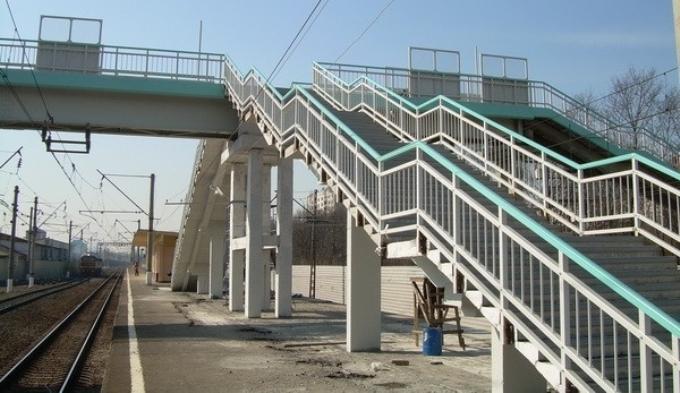 Мост из стеклопластиковыми элементами