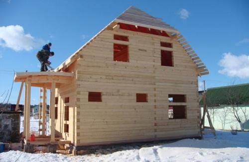Кроем крышу зимой
