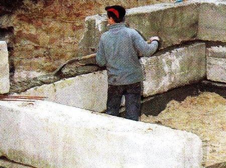 Укладка фундаментных блоков с перевязкой