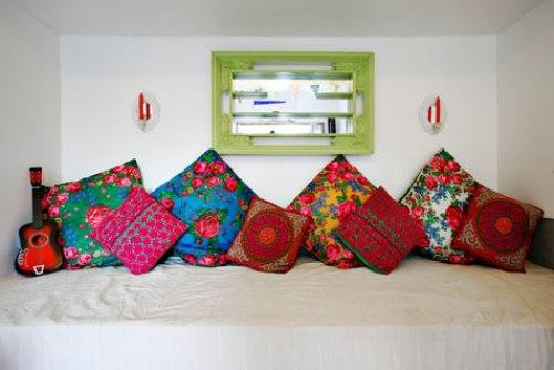 Дом дизайнера интерьеров. Подушки, как украшение комнаты