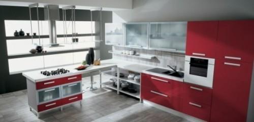 Красная кухня только частично