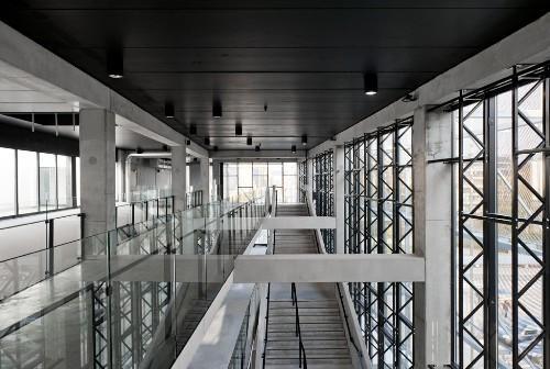 Второй этаж. Культурный центр в Ипре