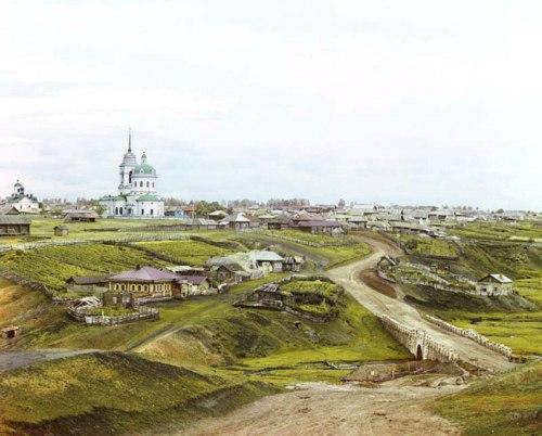 Деревня с церковью