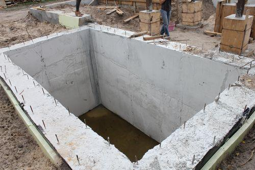 Устройство монолитного погреба