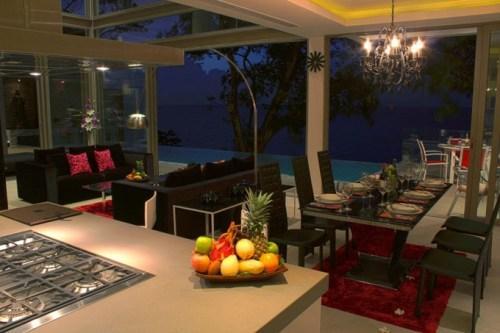 Вилла Чи в Таиланде. Кухня и столовая