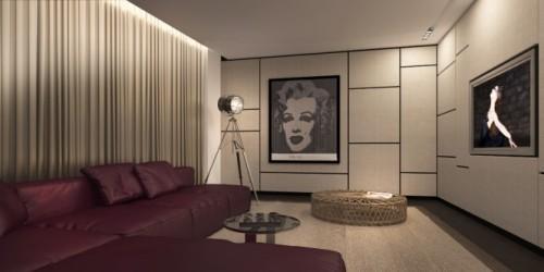 Комната с картинами