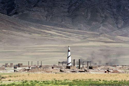 Кирпичная фабрика в Афганистане