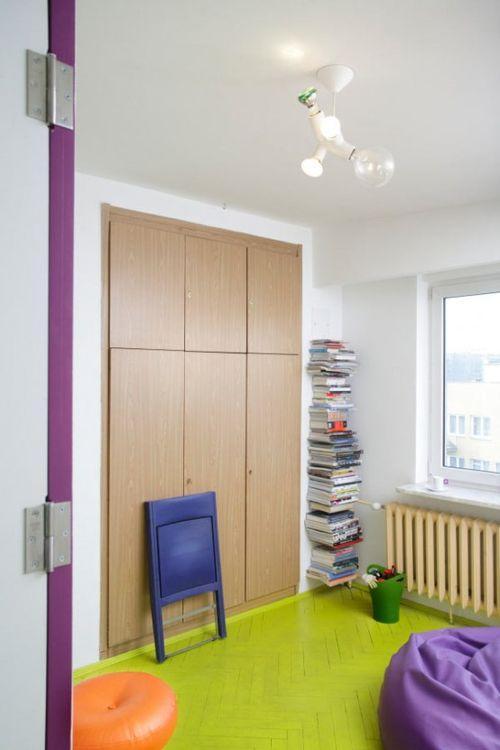 Шкаф-купе в маленькой квартире