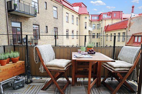 Прекрасный и уютный балкон