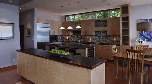 кухня с косыми стенами