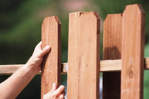 Строим забор на дачи