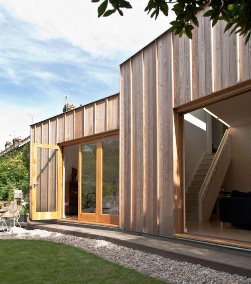 дом с видом на сад