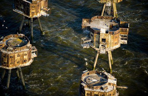 Британские морские форты