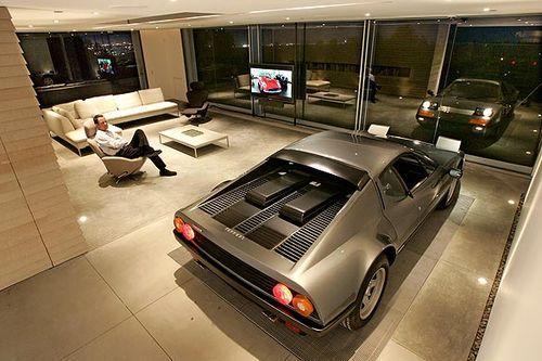Парковка в доме