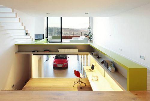 гараж в доме