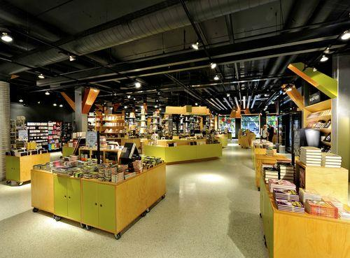 Tanum Karl Johan Bookstore