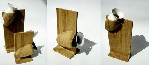 Нестандартная ваза из керамики и дерева