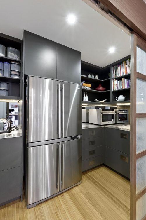 Простая и минималистская кухня