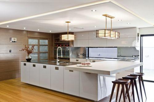 Простая и функциональная кухня