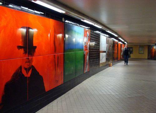 Портреты в метро