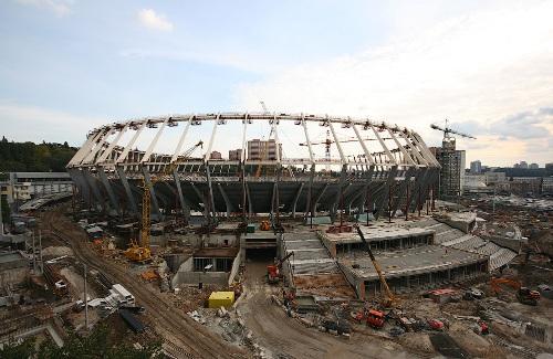 Строительство Олимпийского стадиона в Киеве