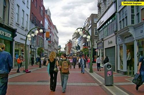 Lily street light