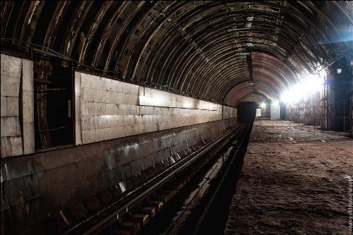 """станция метро """"Львовская брама"""""""