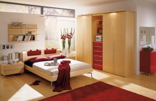Спальня с элементами красного