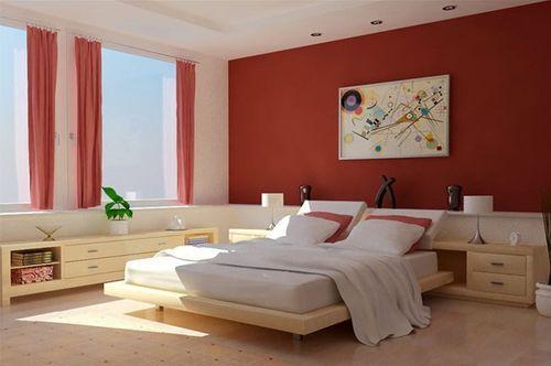 Спальня с красной стеной