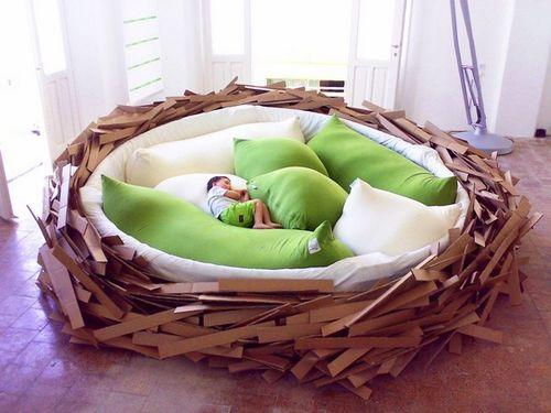 Огромное диван-гнездо Giant Birdsnest
