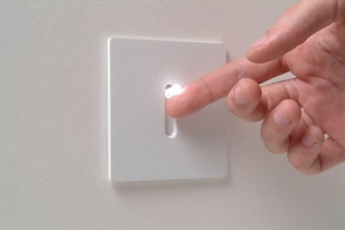 Как подсоединить выключатель?