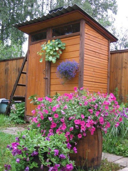 Как построить летний душ для дачи своими руками?