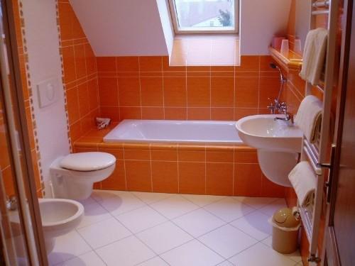 Можно ли произвольно размещать сантехническое оборудование в ванной комнате?