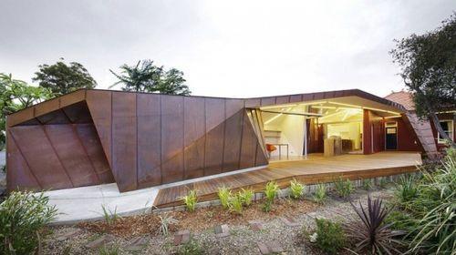 Оригинальный проект расширения небольшого жилья