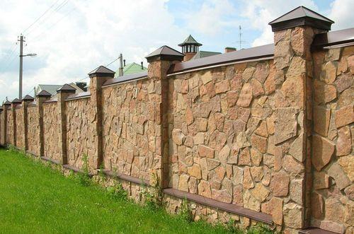 Рекомендации по строительству каменного забора
