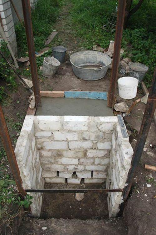 Фундамент туалета