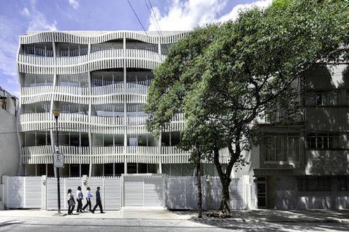 Необыкновенное здание Kiral в Мехико