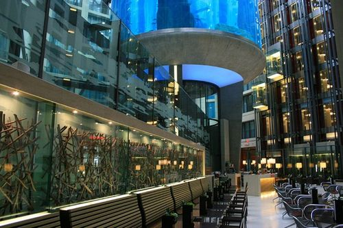 Aquadom – аквариум в Radisson Blu Hotel