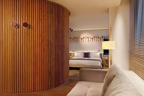 Прекрасный отель Hotel Madera Signature Suites