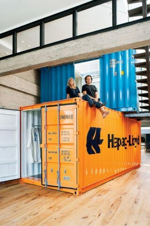 Квартира из промышленных контейнеров