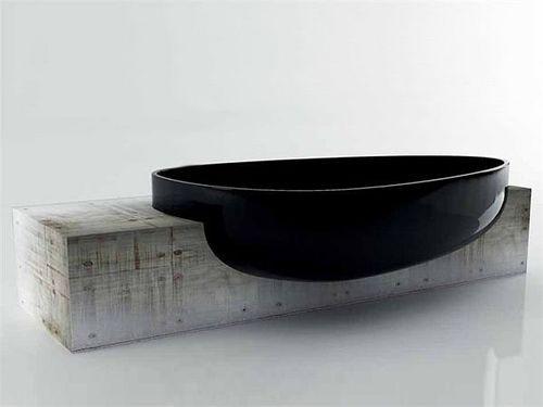 Брутально-минималистский дизайн ванны