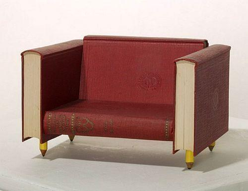 Мебель из книг Second Editions