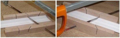 Как клеить потолочный плинтус в углах комнаты?
