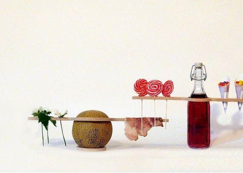 Необычная посуда-вешалка