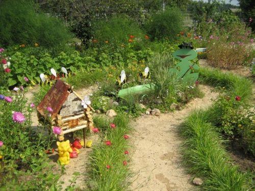 Устройство маленького прудика в саду