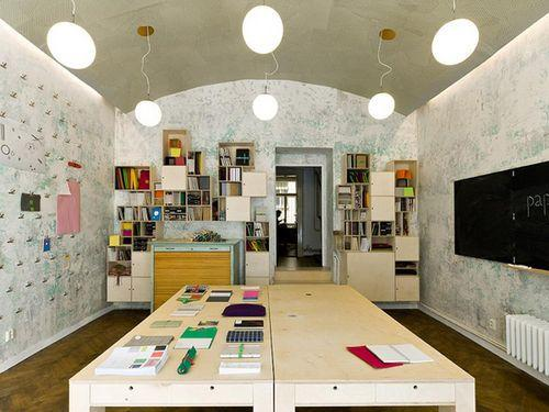 Необычный дизайн интерьера магазина Papelote в Праге