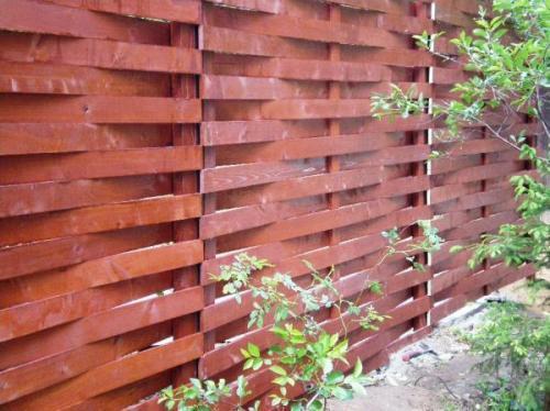 Забор из штакетника в переплет
