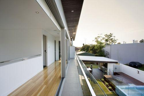 Балкон в Banya House
