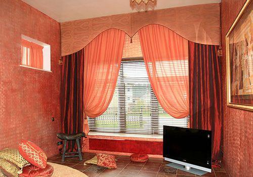 Как правильно подобрать шторы для спальни